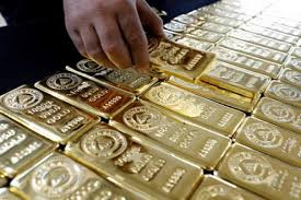 Gold holds above $1600 on fears over economic impact of virus